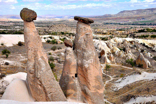 Cappadocia 'The Three Beauties' — Photo by Evangeline Kim