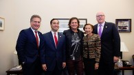Colombian musician, producer, actor and singer-songwriter Carlos Vives was honored Thursday night by the Hispanic Heritage Foundation with the Legend Award for his work promoting the social and economic […]