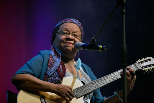 Dona Jandira - Photo courtesy of EXIB Música
