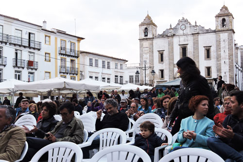 Praça do Giraldo audience at EXIB 2016 - Photo by Angel Romero