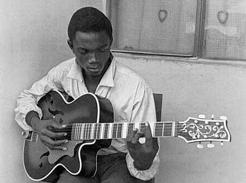 Kinshasa: a Musical City & The Pictures Jean Depara Took