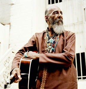 Richie Havens in 2008 - Photo by Jean-Marc Lubrano