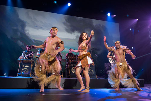 Te Vaka performing a Polynesian dance