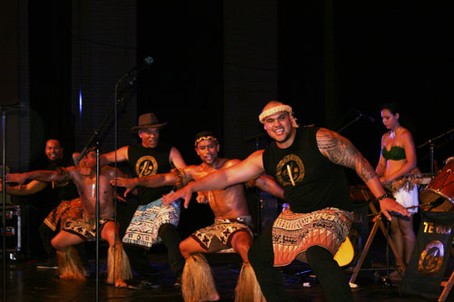 Te Vaka members performing a Polynesian dance
