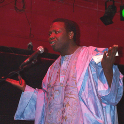 "Abdoulaye ""Djoss"" Diabaté at Cat's Cradle in North Carolina - Photo by Angel Romero"
