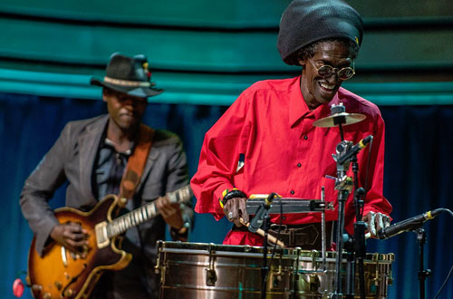 Cheikh Lô performing at WOMEX 2015 award ceremony - Photo by Yannis Psathas