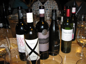 Part of the wine selection from the Manresa region - Photo by Angel Romero