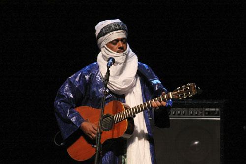 Abdallah Ag Alhousseyni (Tinariwen) - Photo by Jan Kook