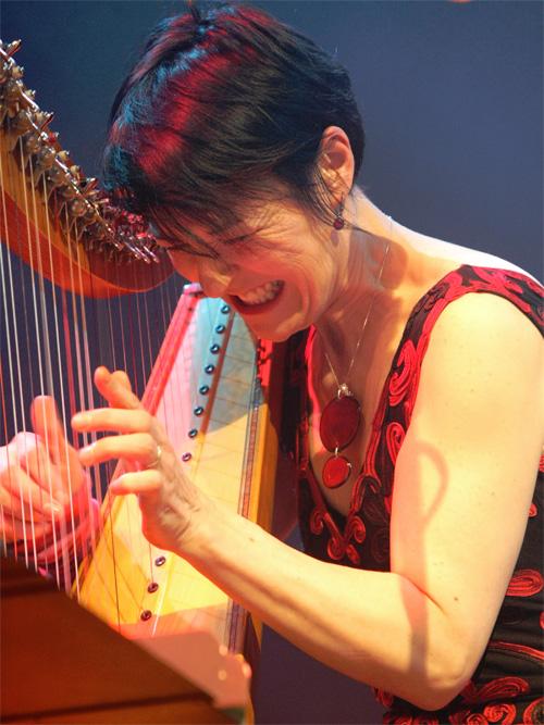Corrina Hewat | World Music Central org