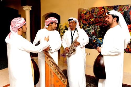 Emirati Takht
