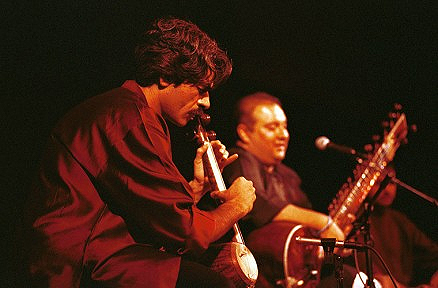 Ghazal Ensemble - Photo credit:  Jack Vartoogian / Front Row Photos