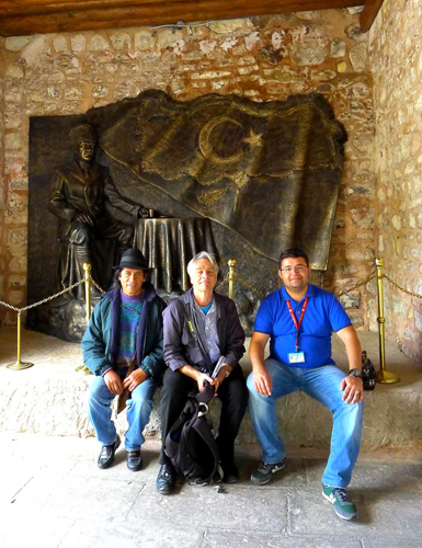 Hacibektas Shrine Ataturk Sculpture, Ivan Ignacio, Simon Broughton, Mehmet Donmez — Photo by Evangeline Kim