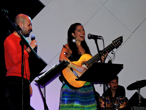 Juan Iñaki with Argentine vocalist Cecilia Zabala