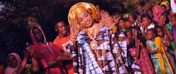 Oumou Sangaré Releases  Mali Nialé Video