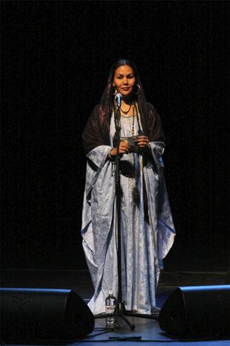 Wonou Walet Sidati (Tinariwen) - Photo by Jan Kook