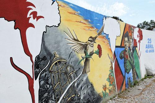 Street art on Avenida Sebastiao - Photo by Angel Romero